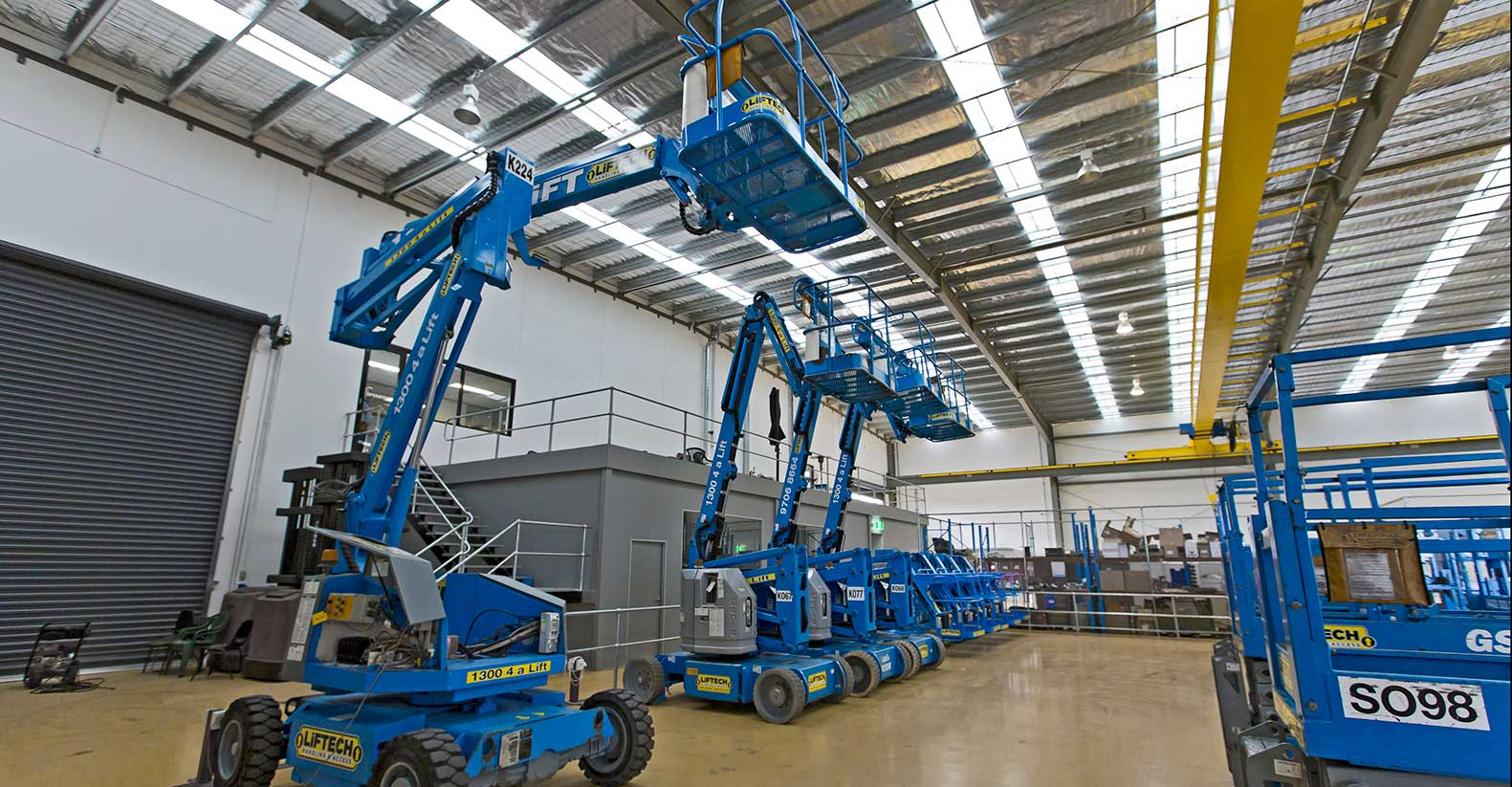 Straight Boom Lift Hire