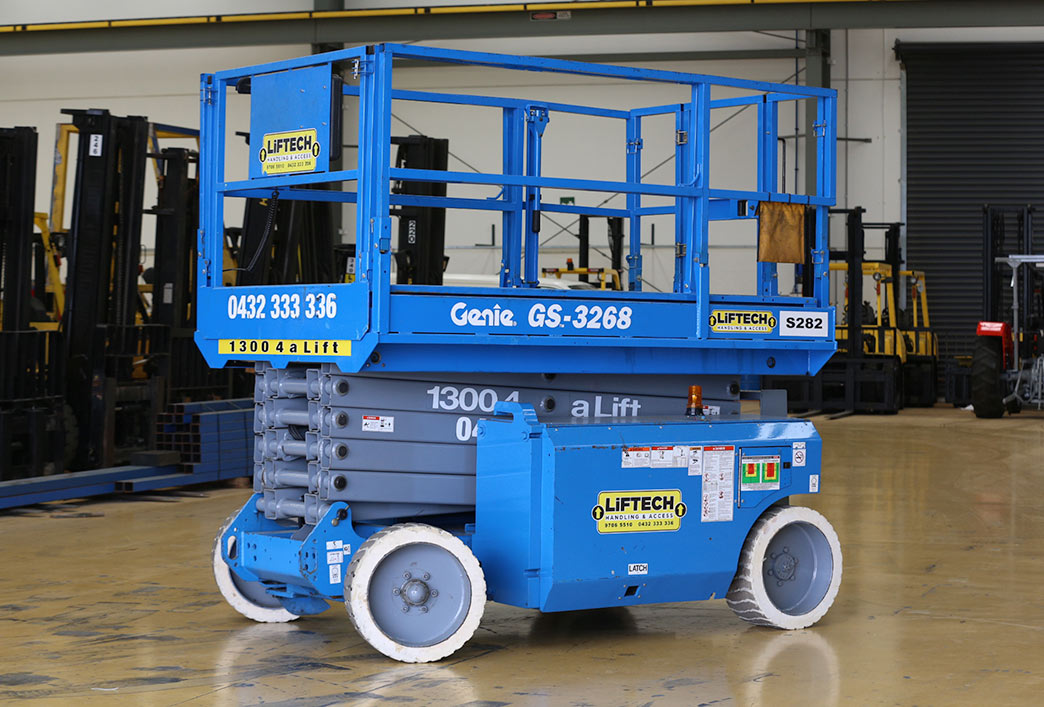 10 Metre Wide Deck Scissor Lift