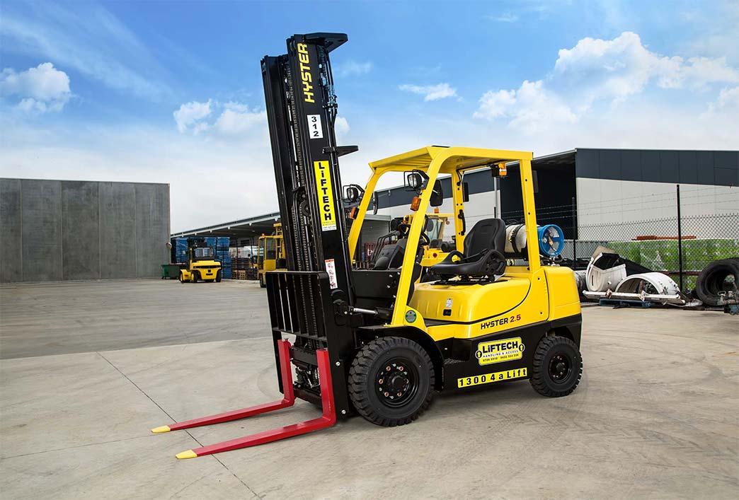 2.5 Tonne Tall Mast LPG Forklift Hire