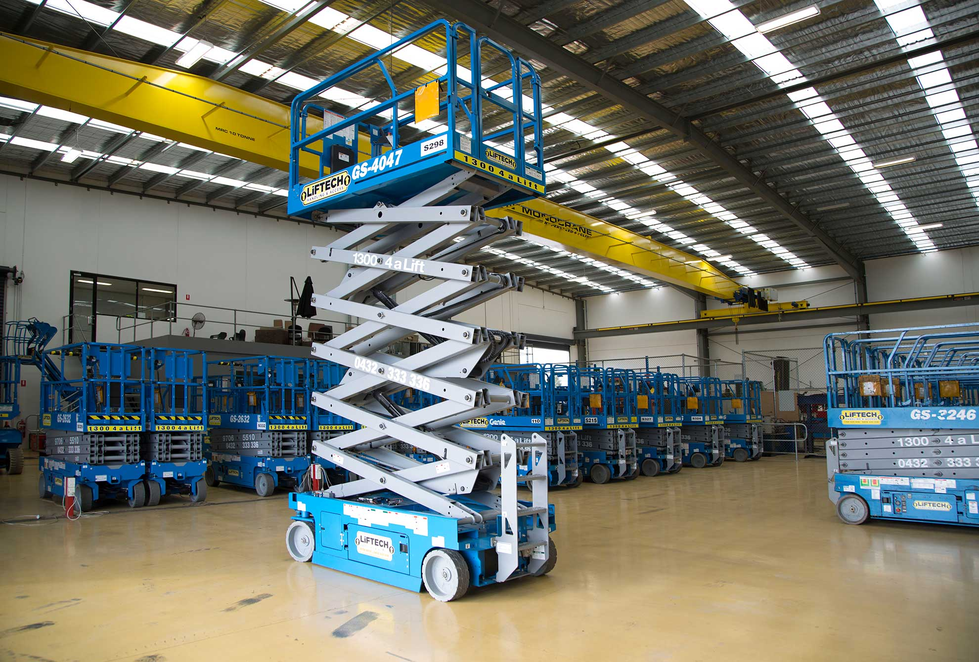 12m Standard Scissor Lift for Rental in Melbourne