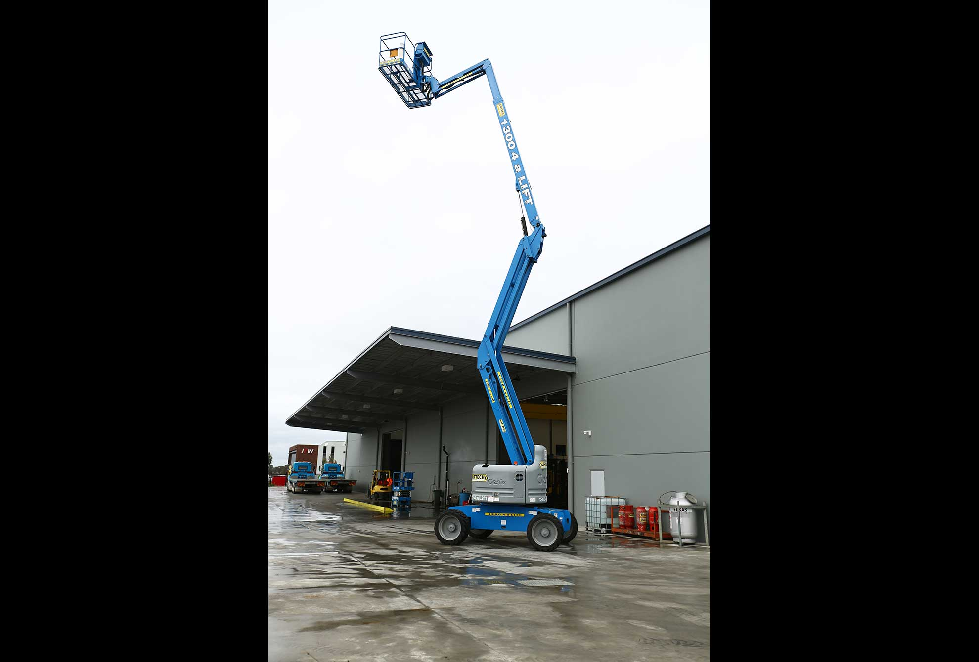 Diesel 4WD Rough Terrain Knuckle Boom Lift