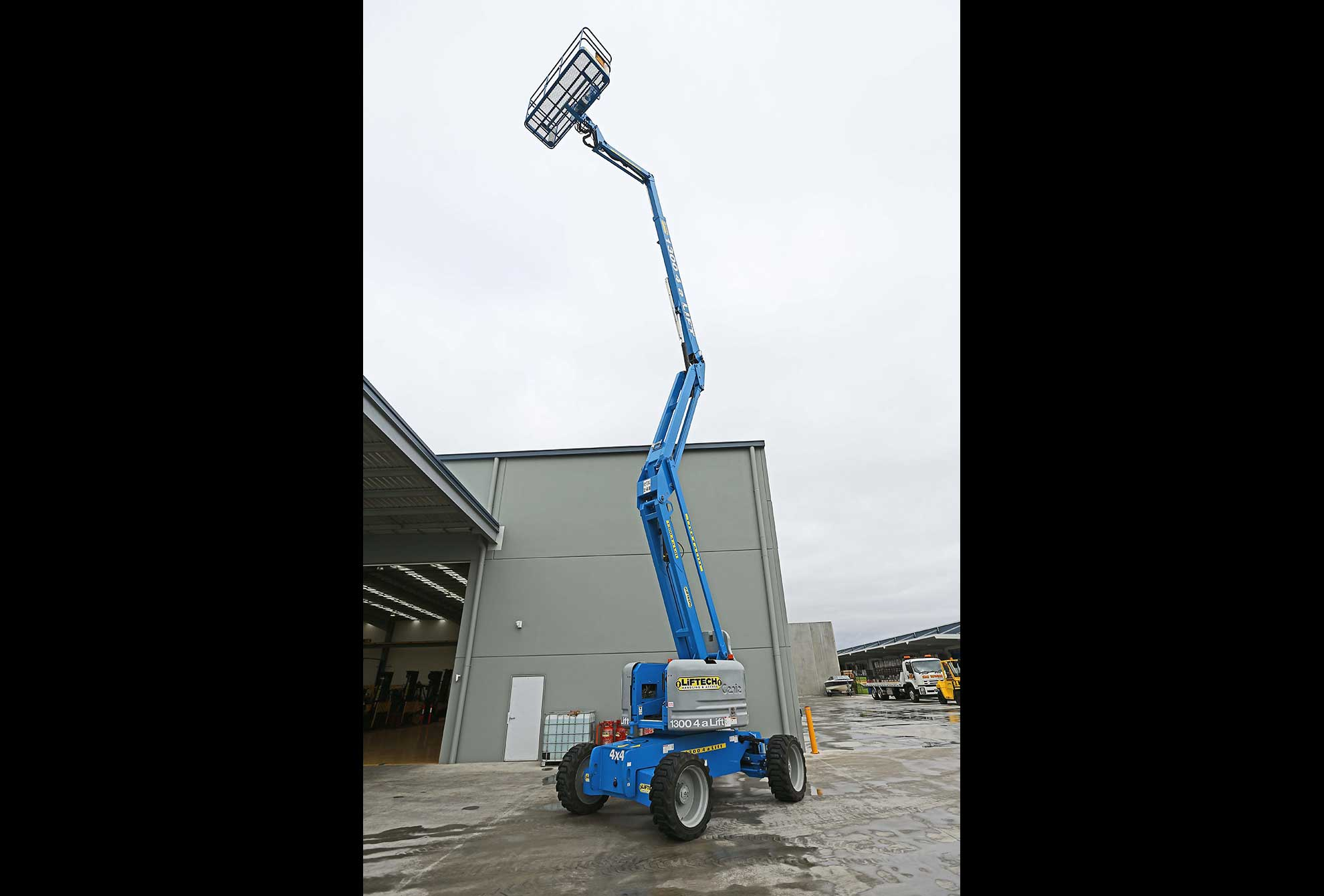60/34 RTK Rough Terrain Knuckle Lift Rental