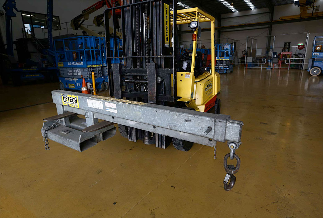 2.5 Tonne Articulated Forklift Crane Jib