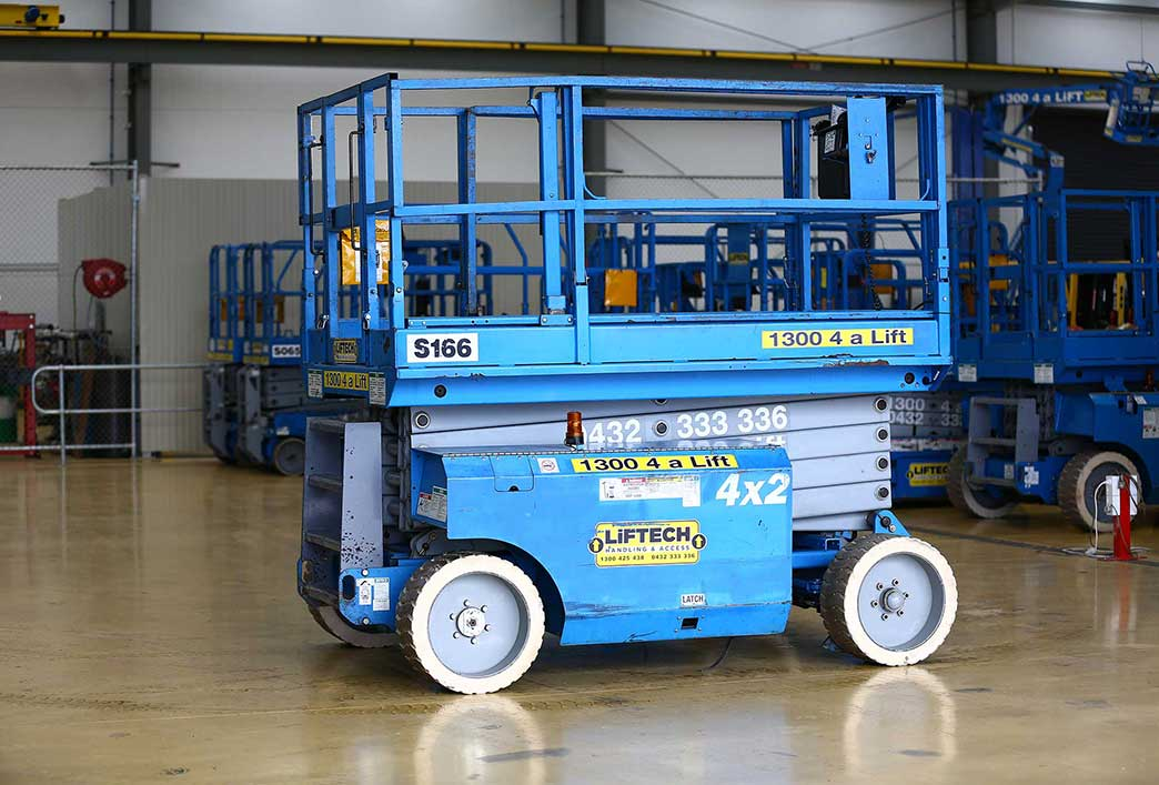 8 Metre Wide Deck Scissor Lift