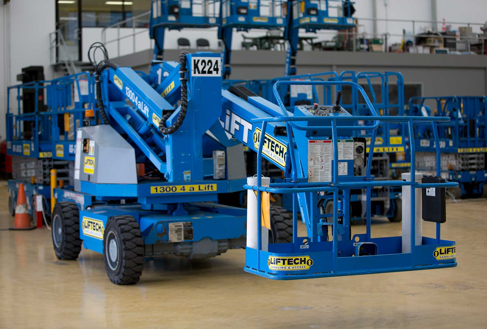compact knuckle boom lift rental