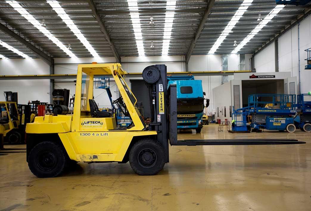 6 Tonne Yard Diesel Forklift Hire Melbourne