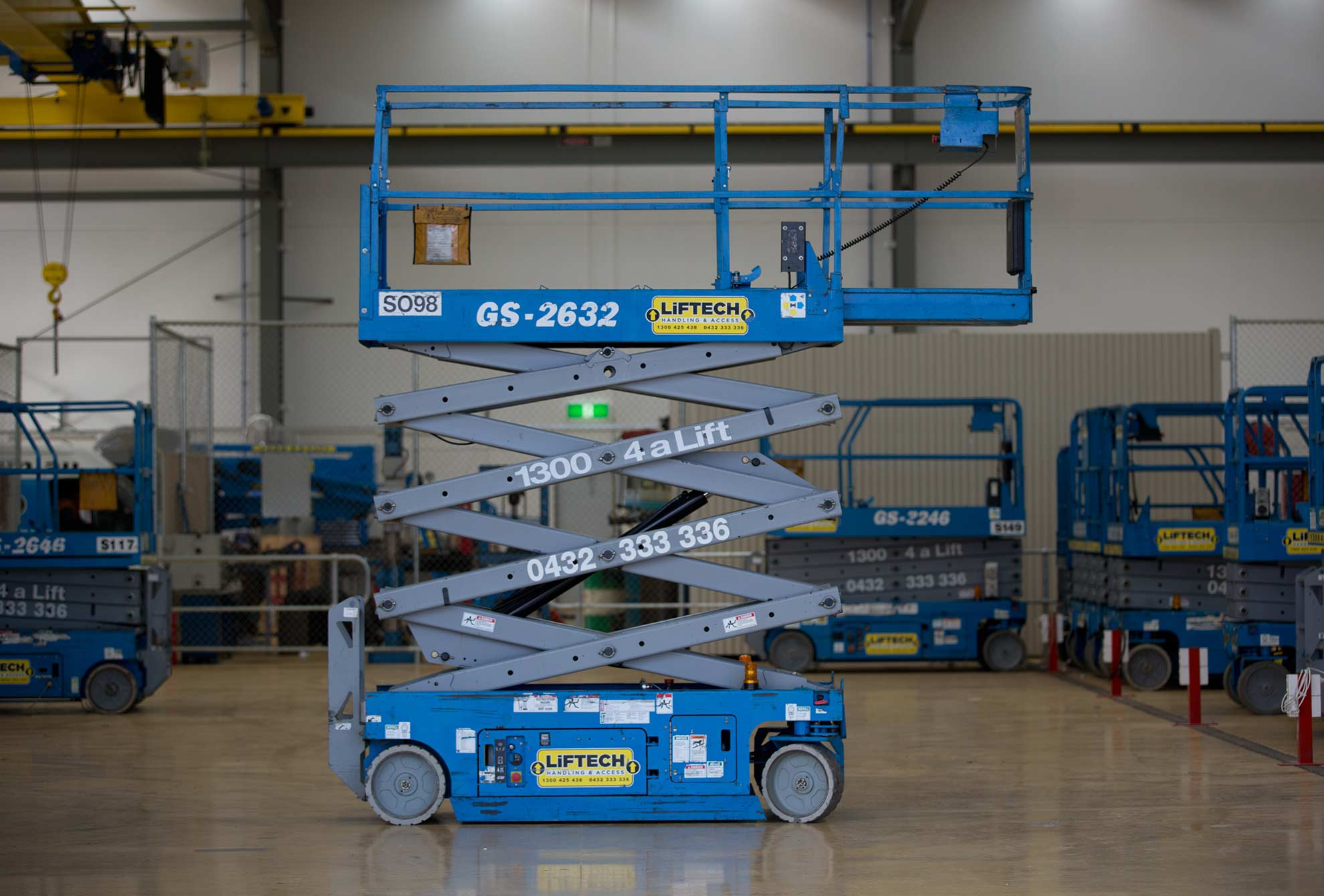 8m Narrow Scissor Lift Hire Melbourne