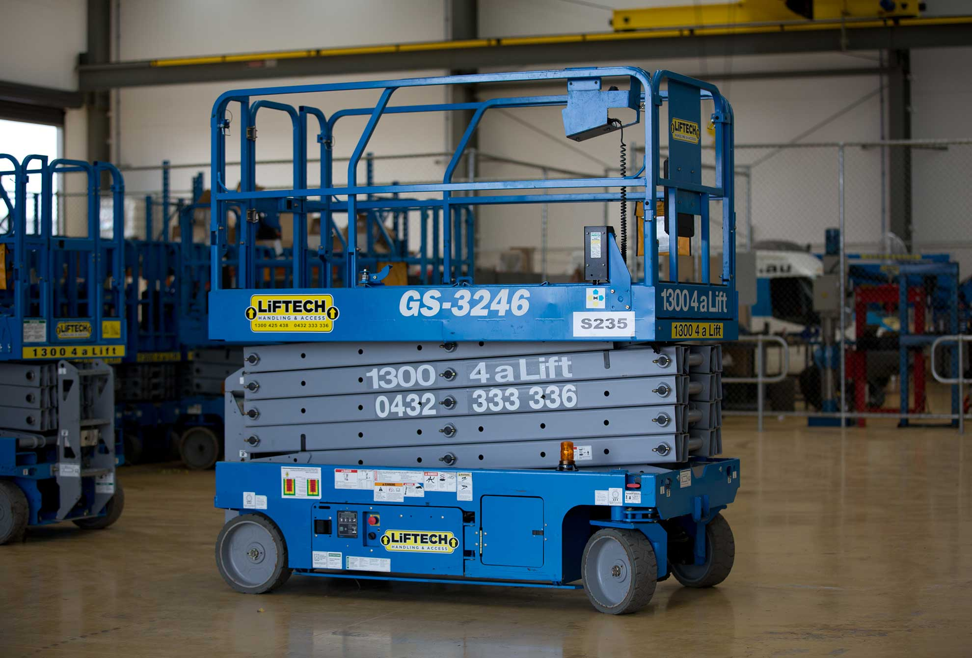 3246e scissor lift rental
