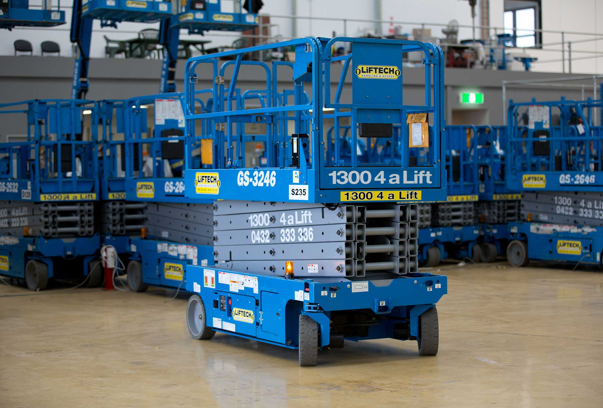 10m Standard Scissor Lift for Hire in Melbourne