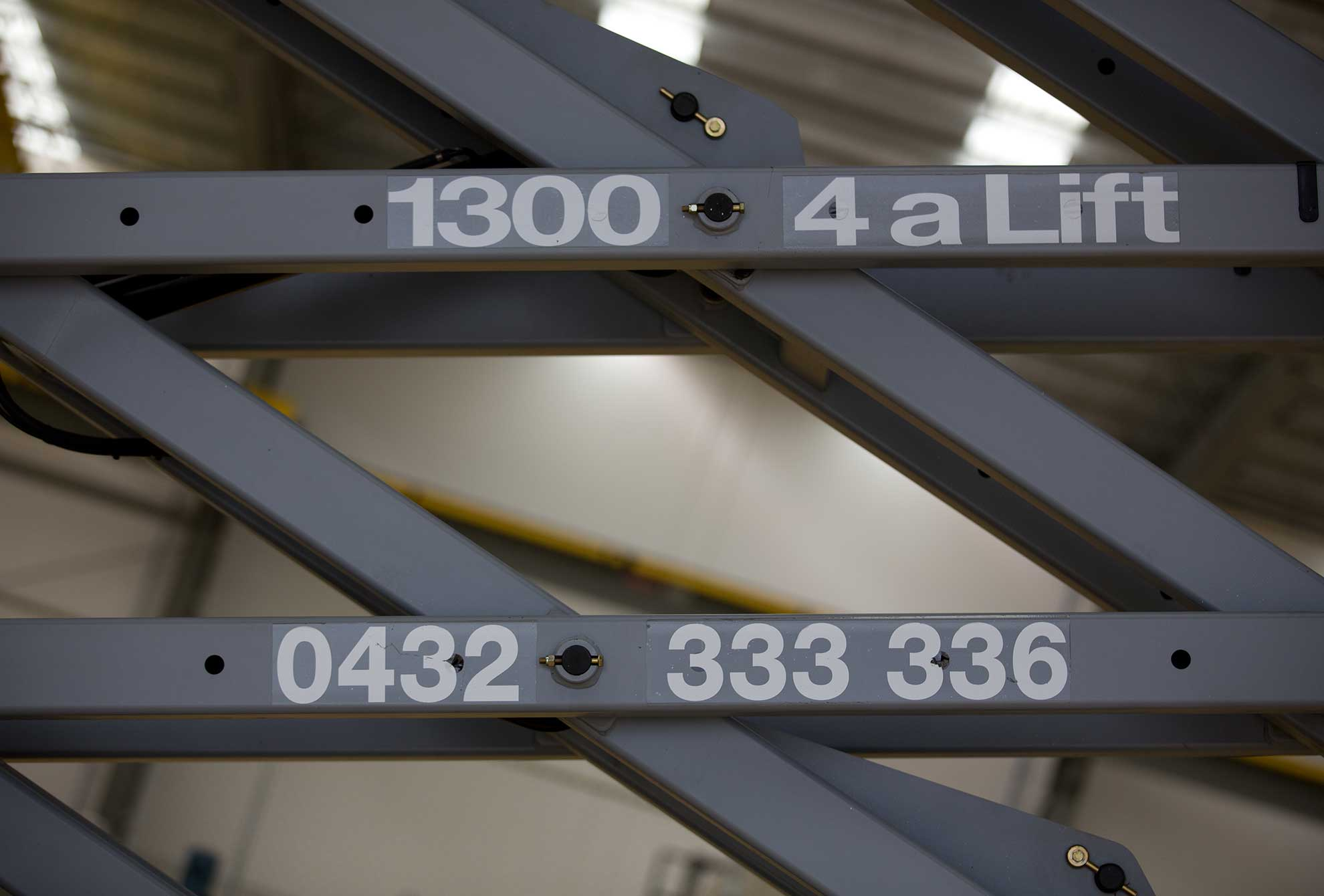 3246E Scissor Lifts