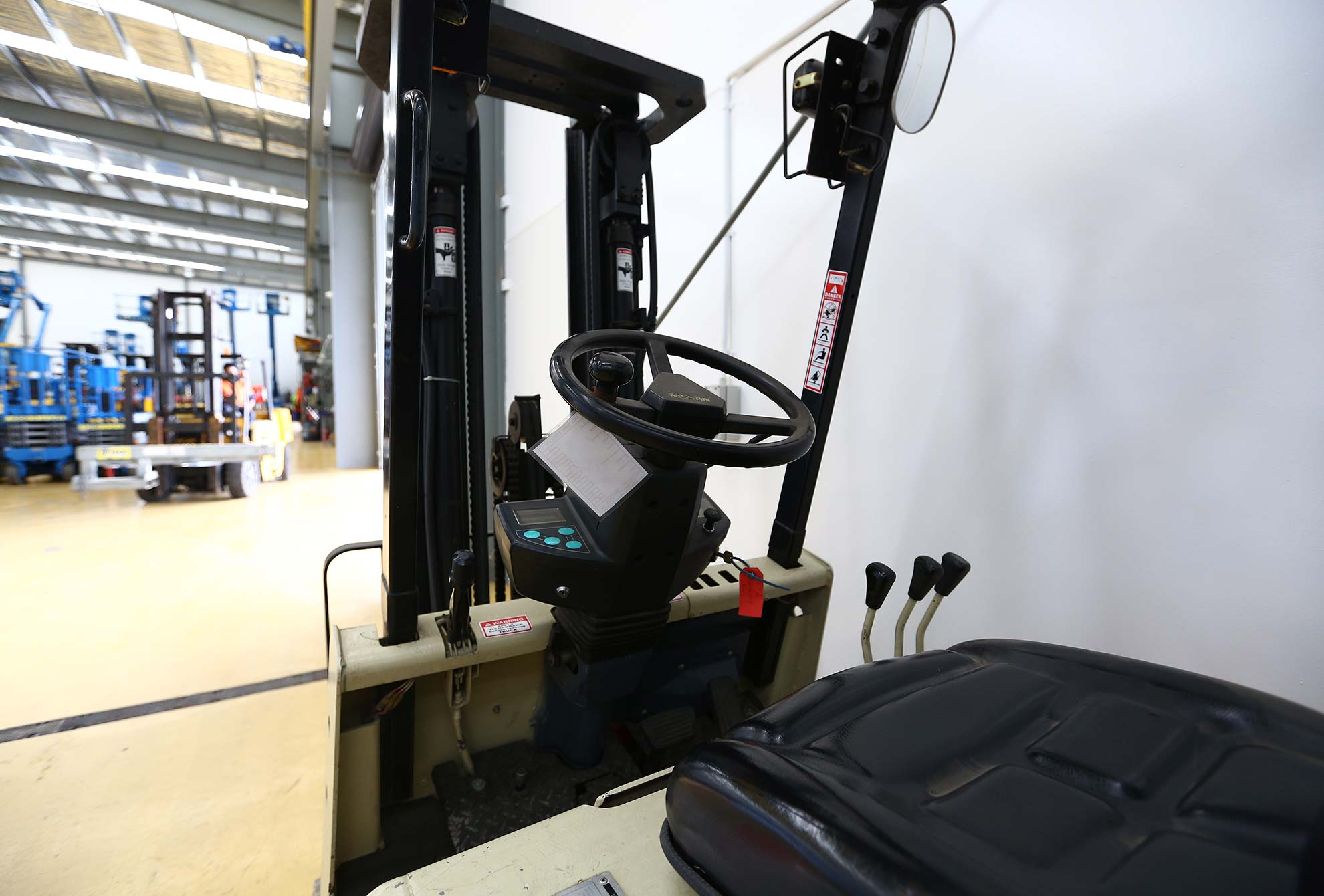 3 Stage 2.5 cb electric Forklift