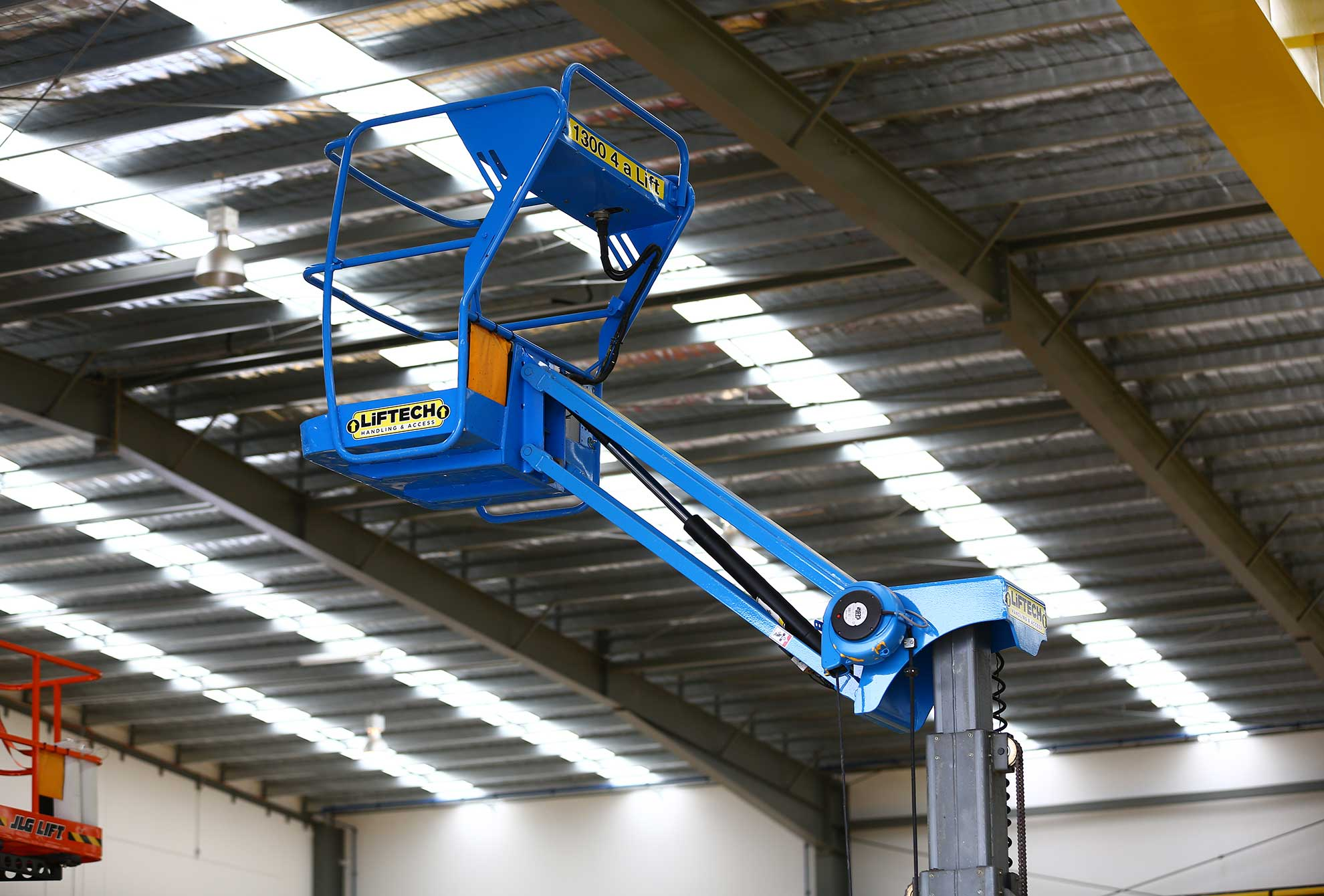 Star 10 Knuckle Boom Lift