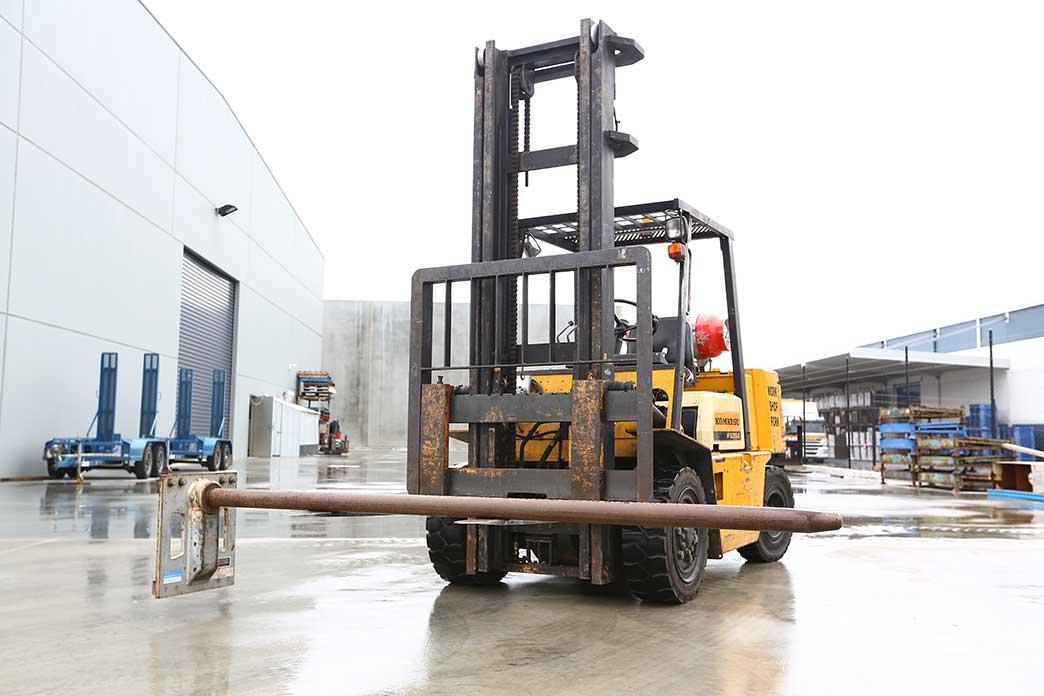 2.5 Tonne Forklift Carpet Pole - Forklift Attachments in Melbourne
