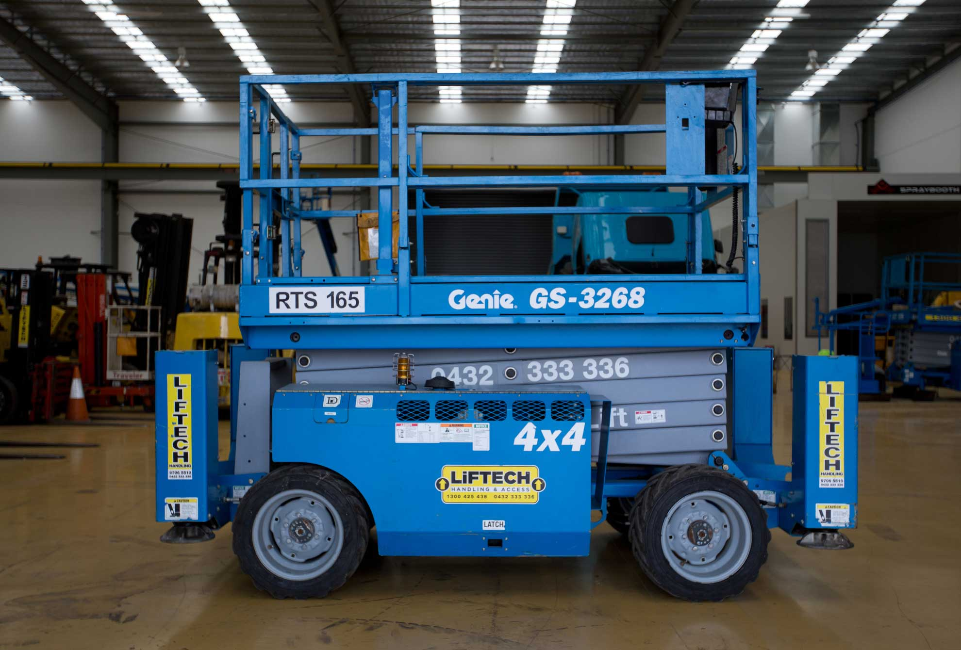 3268 rt scissor lift